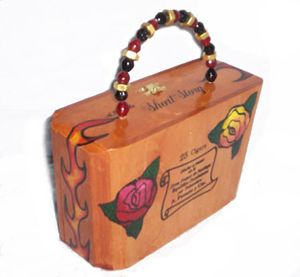 History of cigar box purses